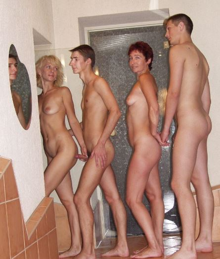 Concurrence final, Euro family nudist video